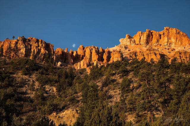 landscape, orange, bryce canyon, bryce canon national park, hiking, orange cliffs, blue sky, moon, photography