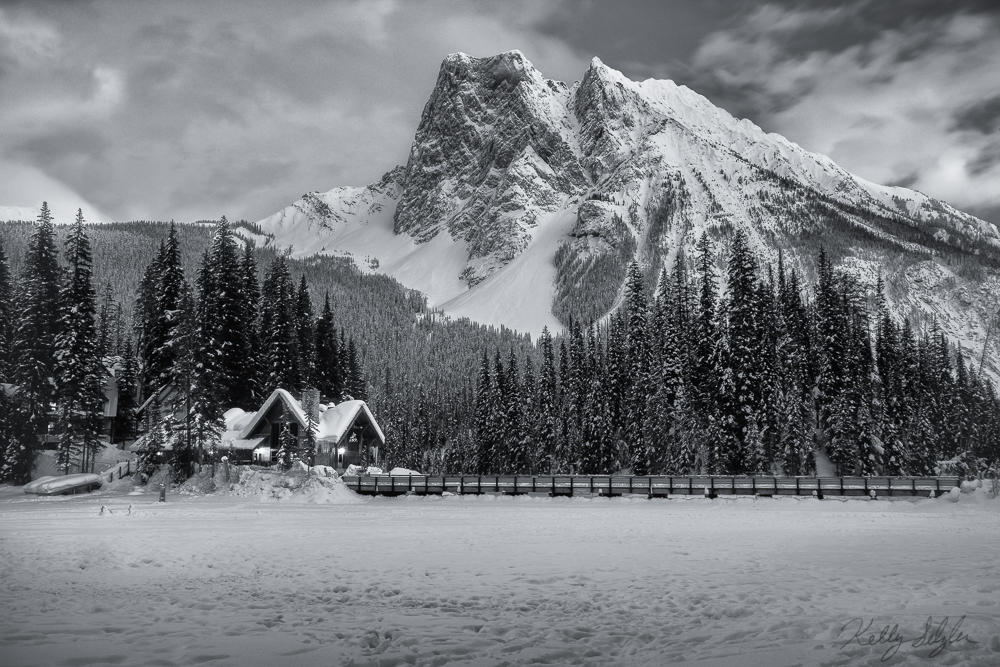 emerald lake, winter, yoho national park, snowmen, lodge, photo, photo