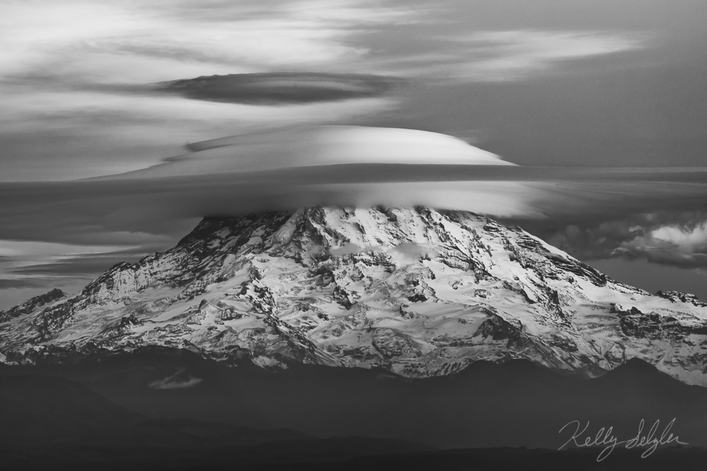 I love when these lenticular clouds hover over Mt. Rainier. It's such a magical sight!
